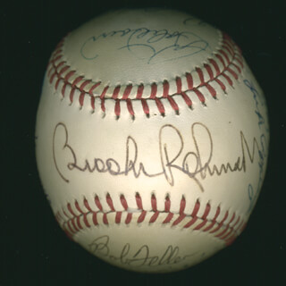 HALL OF FAME BASEBALL - AUTOGRAPHED SIGNED BASEBALL CO-SIGNED BY: LUKE APPLING, RICHIE WHITEY ASHBURN, ERNIE MR. CUB BANKS, LUIS APARICIO, BOB FELLER, WHITEY FORD, LOU BROCK, FRANK ROBINSON, BOB LEMON, BOBBY DOERR, BILLY HERMAN, BROOKS ROBINSON, AL MR. TIGER KALINE, ROBIN ROBERTS