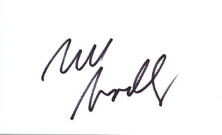 Autographs: BILL BRADLEY - SIGNATURE(S)