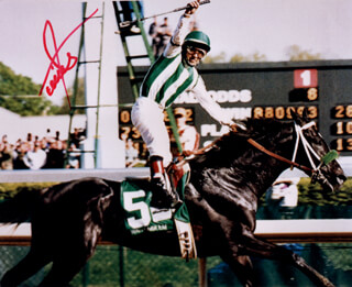 VICTOR ESPINOZA - AUTOGRAPHED SIGNED PHOTOGRAPH