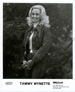 TAMMY WYNETTE - PRINTED PHOTOGRAPH SIGNED IN INK