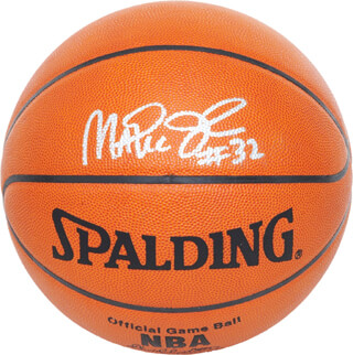 Autographs: EARVIN MAGIC JOHNSON - BASKETBALL SIGNED