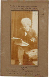 SAMUEL L. MARK TWAIN CLEMENS - INSCRIBED AUTOGRAPH QUOTATION ON PHOTOGRAPH DOUBLE SIGNED 09/28/1900