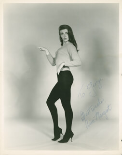 ANN-MARGRET - AUTOGRAPHED INSCRIBED PHOTOGRAPH  - HFSID 284214