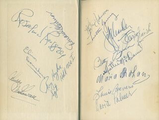 Autographs: HATTIE MAMMY McDANIEL - BOOK SIGNED CO-SIGNED BY: ROSALIND RUSSELL, WARD BOND, MARIA PALMER, LORETTA YOUNG, ELINOR DONAHUE, RODDY McDOWALL, DONALD O'CONNOR, LOUISE BEAVERS, RITA JOHNSON, JEFF CHANDLER, RUTH HUSSEY, RICARDO MONTALBAN, J. CARROL NAISH, BETTY LYNN, RAY HYKE, PATRICK PEYTON, GEORGIANA YOUNG MONTALBAN
