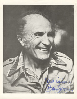 BARRY MORSE - AUTOGRAPHED SIGNED PHOTOGRAPH