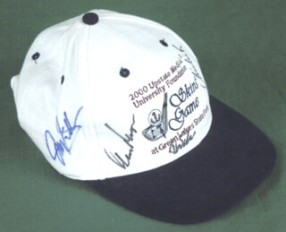 Autographs: GARY PLAYER - HAT SIGNED CO-SIGNED BY: CHIP BECK, JOEY SINDELAR, CHI CHI (JUAN) RODRIGUEZ