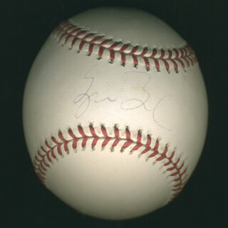 Autographs: PRESIDENT GEORGE W. BUSH - BASEBALL SIGNED