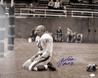 Y. A. TITTLE - AUTOGRAPHED SIGNED PHOTOGRAPH