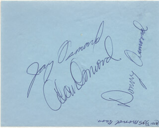 THE OSMONDS - AUTOGRAPH CO-SIGNED BY: THE OSMONDS (ALAN OSMOND), THE OSMONDS (DONNY OSMOND), THE OSMONDS (JAY OSMOND), RICARDO MONTALBAN