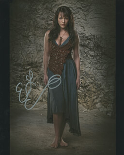 ERIN LYNN CUMMINGS - AUTOGRAPHED SIGNED PHOTOGRAPH