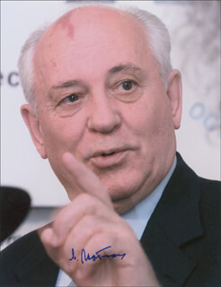 PRESIDENT MIKHAIL S. GORBACHEV (RUSSIA) - AUTOGRAPHED SIGNED PHOTOGRAPH