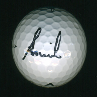 Autographs: ANNIKA SORENSTAM - GOLF BALL SIGNED