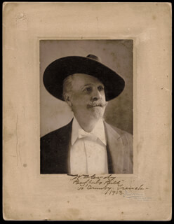 WILLIAM F. BUFFALO BILL CODY - INSCRIBED PHOTOGRAPH MOUNT SIGNED 1903