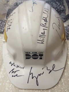 PRESIDENT GEORGE W. BUSH - HELMET SIGNED CO-SIGNED BY: FIRST LADY HILLARY RODHAM CLINTON, MAYOR RUDOLPH RUDY GIULIANI, GEORGE PATAKI, MICHAEL BLOOMBERG