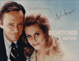 Autographs: BEWITCHED TV CAST - PHOTOGRAPH SIGNED CO-SIGNED BY: DICK SARGENT, ELIZABETH MONTGOMERY