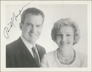 PRESIDENT RICHARD M. NIXON - PRINTED PHOTOGRAPH SIGNED IN INK