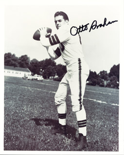 OTTO GRAHAM - AUTOGRAPHED SIGNED PHOTOGRAPH