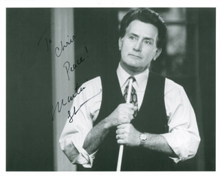 MARTIN SHEEN - AUTOGRAPHED INSCRIBED PHOTOGRAPH