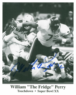 WILLIAM REFRIGERATOR PERRY - PRINTED PHOTOGRAPH SIGNED IN INK