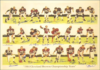 Autographs: CLEVELAND BROWNS - PRINTED ART SIGNED 1964 CO-SIGNED BY: JIM BROWN, LEROY KELLY, FRANK RYAN, GALEN FISS, JIM HOUSTON, JIM KANICKI, MONTE CLARK, DICK SCHAFRATH, GARY COLLINS, WALTER BEACH, LARRY BENZ, JOHN BREWER, VINCE COSTELLO, ROSS FICHTNER, BOB GAIN, BILL GLASS, ERNIE GREEN, GENE HICKERSON, DICK MODZELEWSKI, JOHN MORROW, BERNIE PARRISH, PAUL WIGGIN, JOHN WOOTEN, BOBBY FRANKLIN, JAMES FIORENTINO