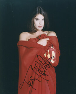 TERI HATCHER - AUTOGRAPHED SIGNED PHOTOGRAPH