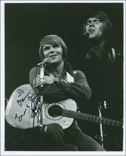 GLEN CAMPBELL - AUTOGRAPHED INSCRIBED PHOTOGRAPH