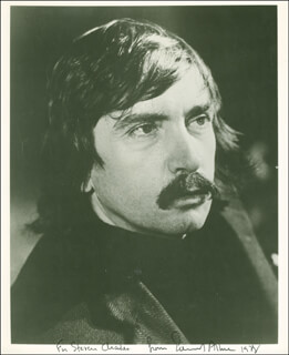 Autographs: EDWARD ALBEE - INSCRIBED PHOTOGRAPH SIGNED 1978