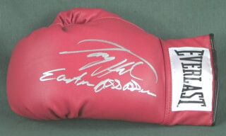 LARRY HOLMES - BOXING GLOVE SIGNED
