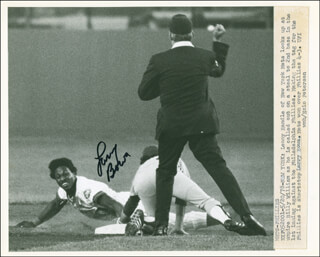 LARRY BOWA - AUTOGRAPHED SIGNED PHOTOGRAPH