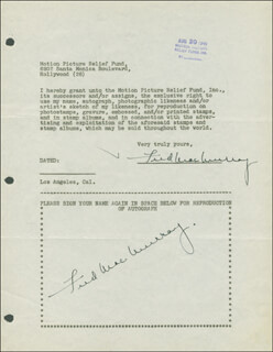 FRED MacMURRAY - DOCUMENT MULTI-SIGNED 08/20/1946