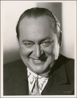 Autographs: EDWARD ARNOLD - INSCRIBED PHOTOGRAPH SIGNED CIRCA 1935