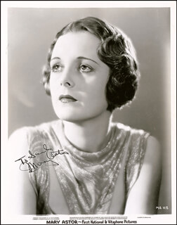 Autographs: MARY ASTOR - INSCRIBED PHOTOGRAPH SIGNED CIRCA 1940