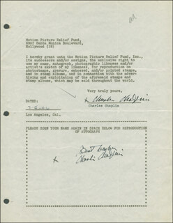 Autographs: CHARLIE THE LITTLE TRAMP CHAPLIN - DOCUMENT DOUBLE SIGNED 07/05/1946