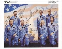 S. DAVID GRIGGS - AUTOGRAPHED SIGNED PHOTOGRAPH CO-SIGNED BY: COLONEL KAROL J. BOBKO, CHARLES D. WALKER, CAPTAIN DONALD E. WILLIAMS, JEFFREY A. HOFFMAN, JAKE GARN, MARGARET RHEA SEDDON