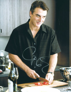 CHRIS NOTH - AUTOGRAPHED SIGNED PHOTOGRAPH