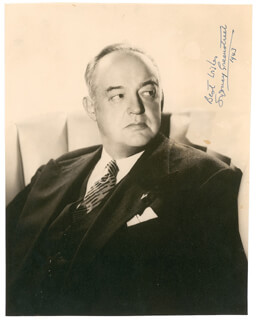 SYDNEY GREENSTREET - AUTOGRAPHED SIGNED PHOTOGRAPH 1943