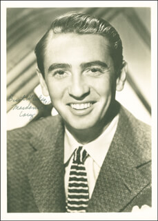 MACDONALD CAREY - AUTOGRAPHED SIGNED PHOTOGRAPH