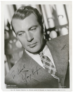 GARY COOPER - AUTOGRAPHED INSCRIBED PHOTOGRAPH CIRCA 1938