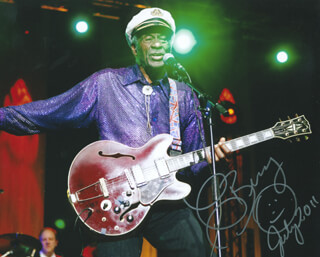 CHUCK BERRY - AUTOGRAPHED SIGNED PHOTOGRAPH 7/2011
