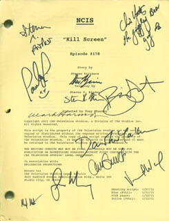 Autographs: NCIS TV CAST - SCRIPT SIGNED CO-SIGNED BY: DAVID McCALLUM, MARK HARMON, PAULEY PERRETTE, SEAN MURRAY, AVA GAUDET, STEVEN C. PARKER, VINCENT WARD, MARK R. SCHILZ, BRIAN DIETSEN, STEVEN D. BINDER, STEVEN KRIOZERE