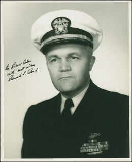 Autographs: CAPTAIN EDWARD L. BEACH - INSCRIBED PHOTOGRAPH SIGNED