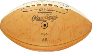 Autographs: 1972 PRO BOWLERS - FOOTBALL SIGNED CO-SIGNED BY: LEN DAWSON, JOE MEAN JOE GREENE, KENNY HOUSTON, DAVE WILCOX, JIM OTTO, JAN STENERUD, BOB GRIESE, MERLIN OLSEN, ROGER STAUBACH, LARRY CSONKA, BOBBY BELL, CARL ELLER, MARV HUBBARD, MIKE LUCCI, PAUL WARFIELD, FRED BILETNIKOFF, PAUL KRAUSE, CHUCK HOWLEY, RAYFIELD WRIGHT, WILLIE EDWARD LANIER, RICK VOLK, FLOYD LITTLE, ANDY RUSSELL, TED HENDRICKS, BOB VOGEL, GREG LANDRY, GENE WASHINGTON, CLAUDE HUMPHREY, DICK GORDON, EMMITT THOMAS, BILL CURRY, ED FLANAGAN, JIMMY JOHNSON, BILL BRADLEY