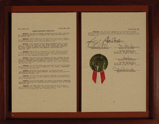 Autographs: PRESIDENT GEORGE W. BUSH - DOCUMENT SIGNED 05/05/1995 CO-SIGNED BY: GONSALVO BARRIENTOS, PETER LANEY