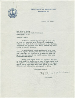 Autographs: VICE PRESIDENT HENRY A. WALLACE - TYPED LETTER SIGNED 08/16/1935