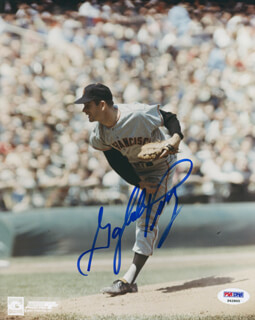 GAYLORD PERRY - AUTOGRAPHED SIGNED PHOTOGRAPH