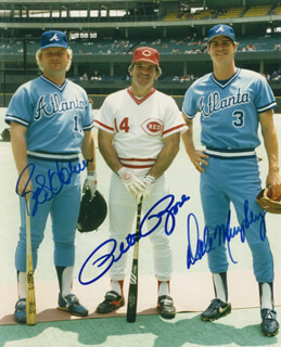PETE ROSE - AUTOGRAPHED SIGNED PHOTOGRAPH CO-SIGNED BY: BOB HORNER, DALE MURPHY