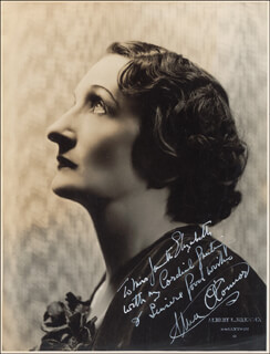 UNA O'CONNOR - AUTOGRAPHED INSCRIBED PHOTOGRAPH