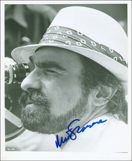 MARTIN SCORSESE - AUTOGRAPHED SIGNED PHOTOGRAPH