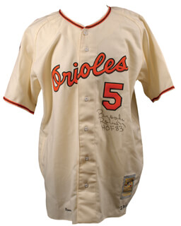 BROOKS ROBINSON - JERSEY SIGNED