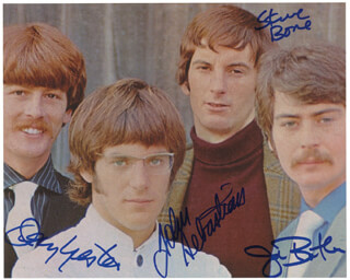 LOVIN' SPOONFUL - AUTOGRAPHED SIGNED PHOTOGRAPH CO-SIGNED BY: LOVIN' SPOONFUL (JOHN SEBASTIAN), LOVIN' SPOONFUL (JOE BUTLER), LOVIN' SPOONFUL (STEVE BOONE), LOVIN' SPOONFUL (JERRY YESTER)